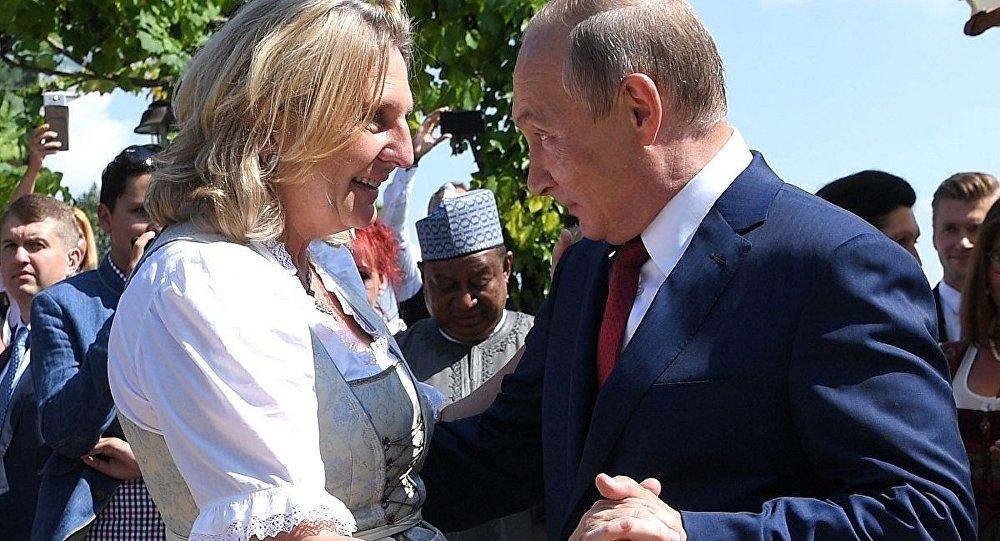 Putin-Kneissl
