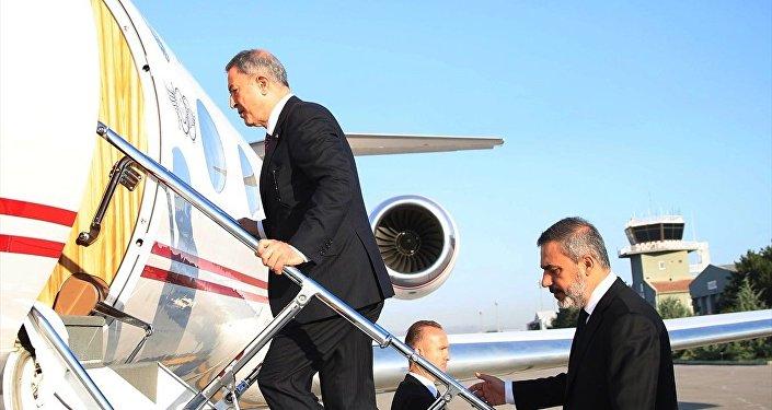 Milli Savunma Bakanı Hulusi Akar ve MİT Başkanı Hakan Fidan
