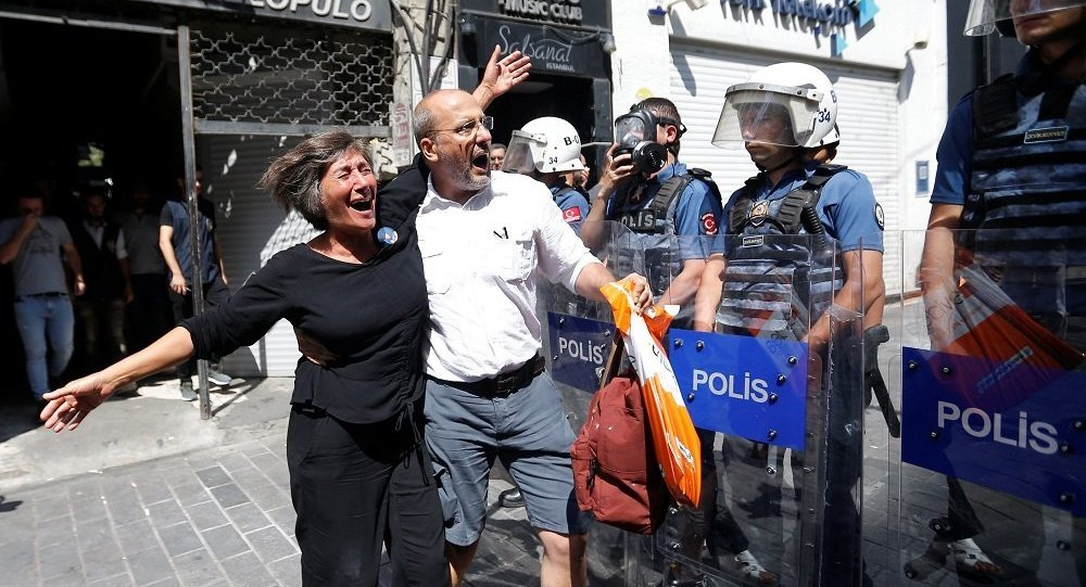 Ahmet Şık, Cumartesi Anneleri eylemi
