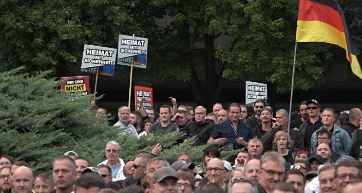 Teilnehmer der Kundgebung in Chemnitz