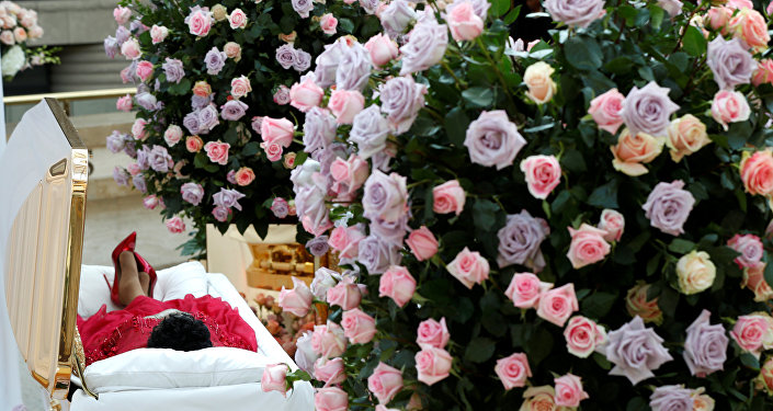 Aretha Franklin son yolculuğuna uğurlanıyor