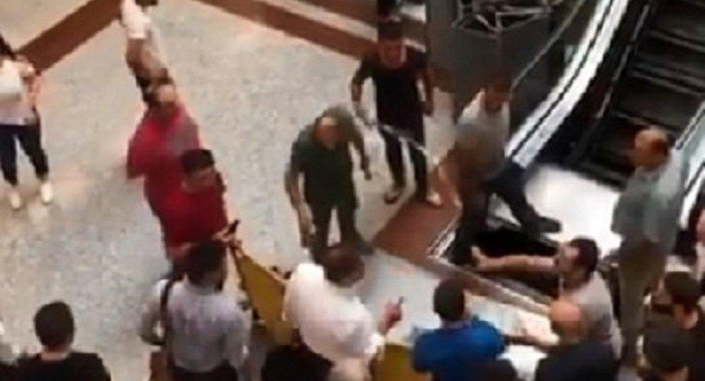 Metrocity'de yürüyen merdivenlere haciz