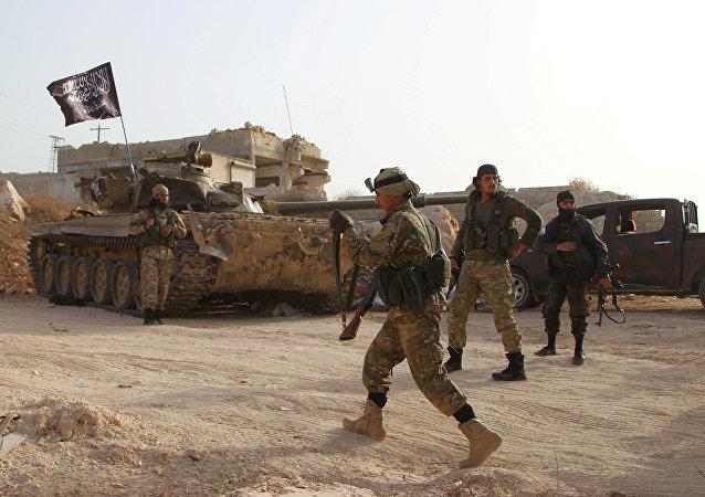 Kaide kolu Nusra, Mayıs 2015'te bir saldırıyla İdlib vilayetinde Suriye hükümetinin son kalesi olan Eriha'yı da almıştı.