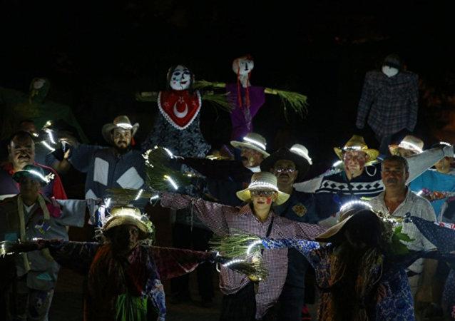 Urla Korkuluk Festivali