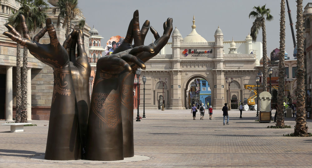 Тематические парки в Дубае Bollywood Parks и Legoland Dubai
