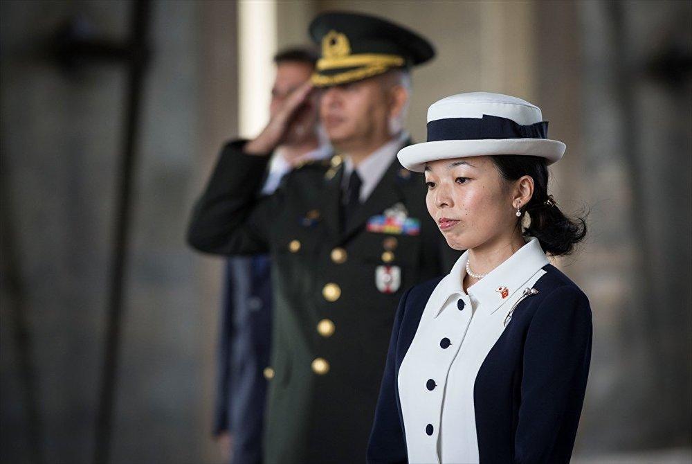 Japonya Prensesi Akiko Mikasa - Anıtkabir