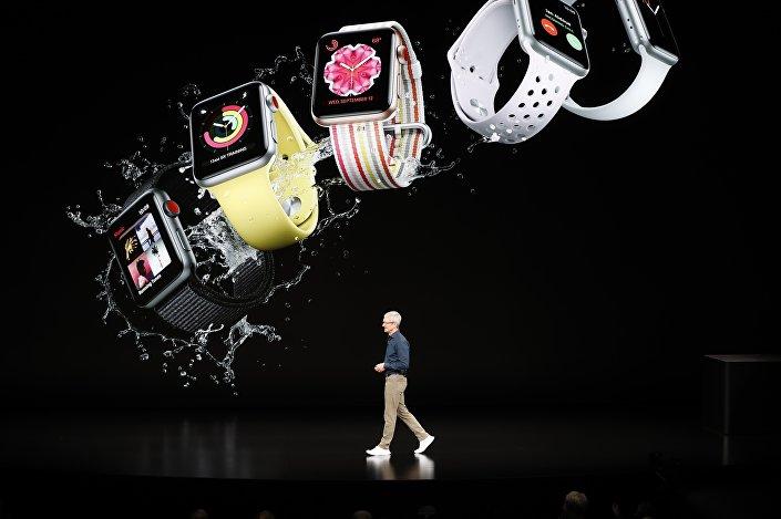 Kaliforniya'daki Steve Jobs Theatre'da yapılan lansmanda, Apple'ın CEO'su Tim Cook yeni iPhone'lar hakkında açıklamalarda bulundu.