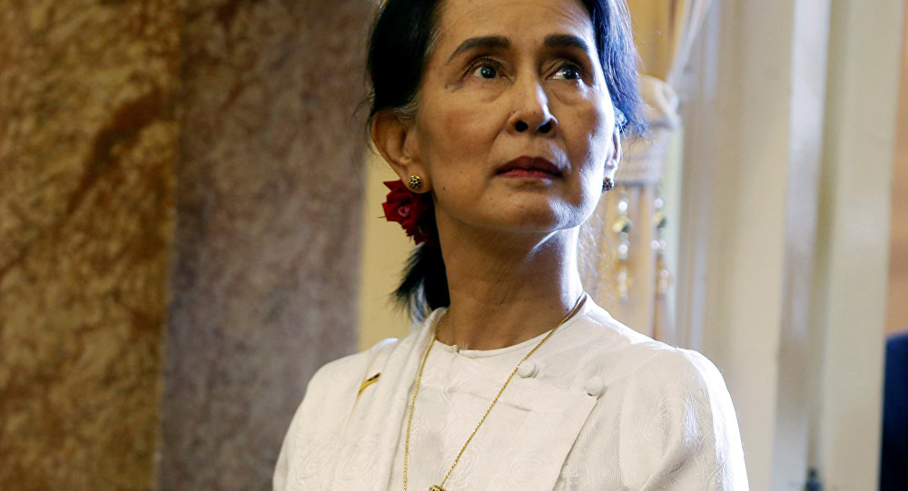 Kyi, Reuters muhabirlerine verilen hapis cezasını savundu