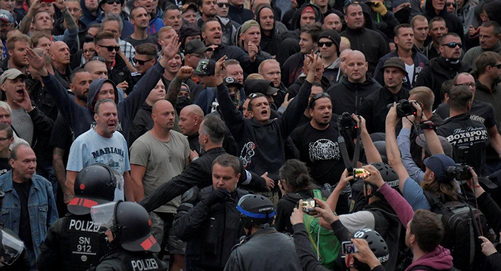 Chemnitz- Aşırı sağcı eylemciler