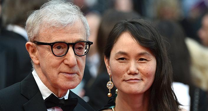 Woody Allen ile Soon-Yi Previn 11 Mayıs 2016'da 69. Cannes Film Festivali'nin açılışında