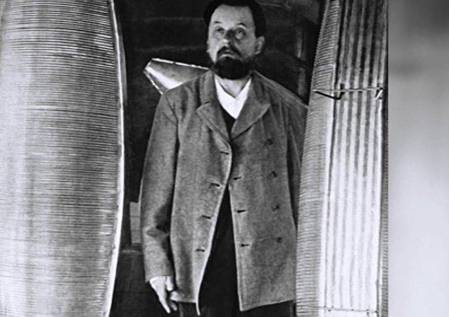 'Uzay uçuşlarının mucidi' Konstantin Tsiolkovski 161 yıl önce doğdu