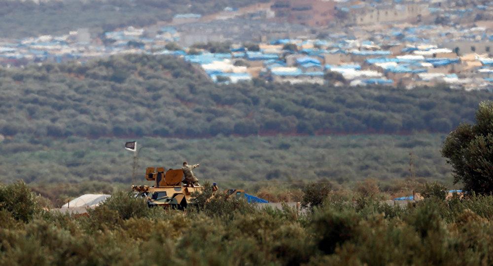 İdlib'e bağlı Atme kasabasının Reyhanlı'dan görünüşü
