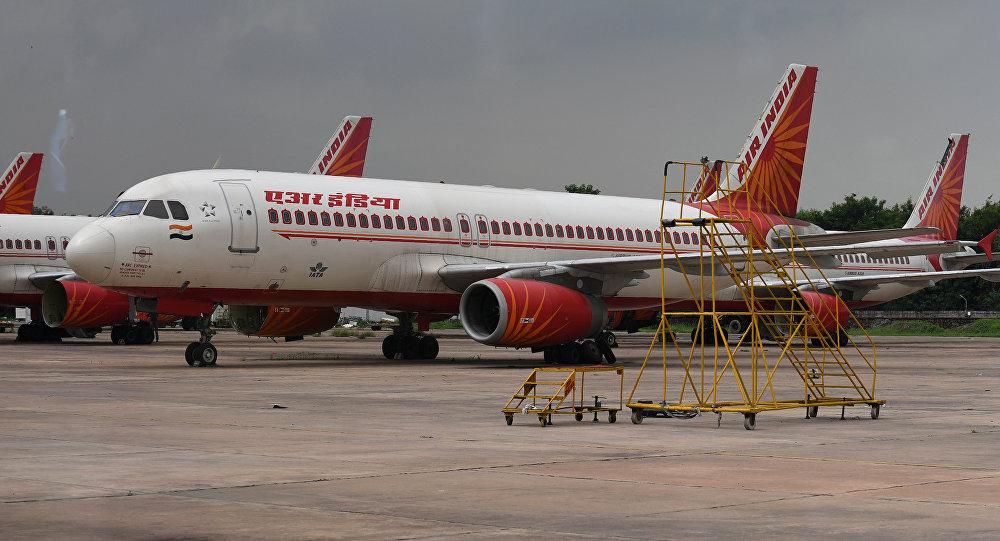 Hintli pilot 370 yolcunun hayatını kurtardı