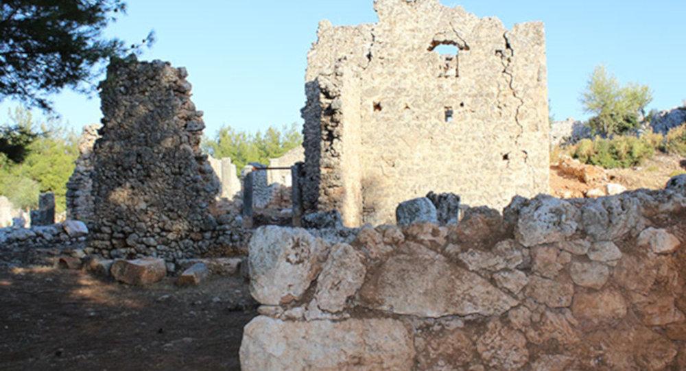 Antalya'da yıllar süren kazı çalışması sonrası 2200 yıllık şehir ortaya çıkarıldı