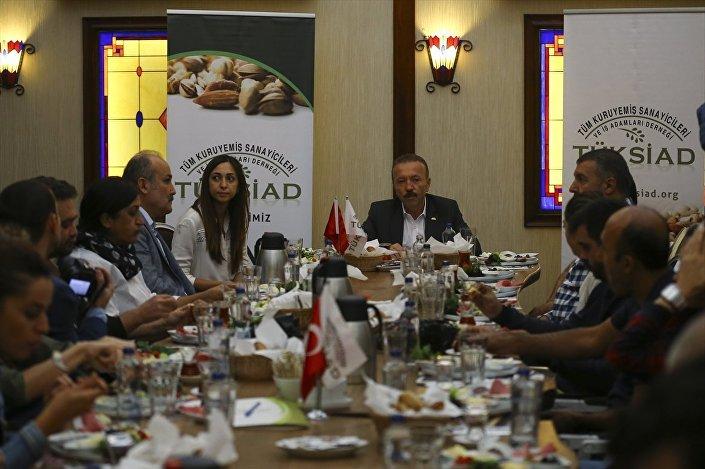 Tüm Kuruyemiş Sanayicileri ve İş Adamları Derneği (TÜKSİAD) Başkanı Hüsamettin Karaman