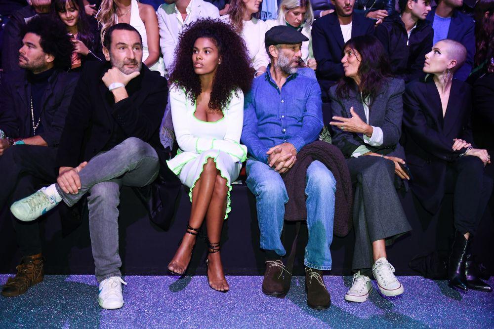 Paris Moda Haftası'nda Etam'ın 2019 İlkbahar/Yaz şovu