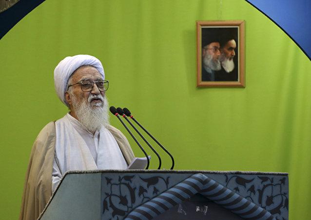 İranlı din adamı Ayetullah Ali Muvahhıdi Kirmani