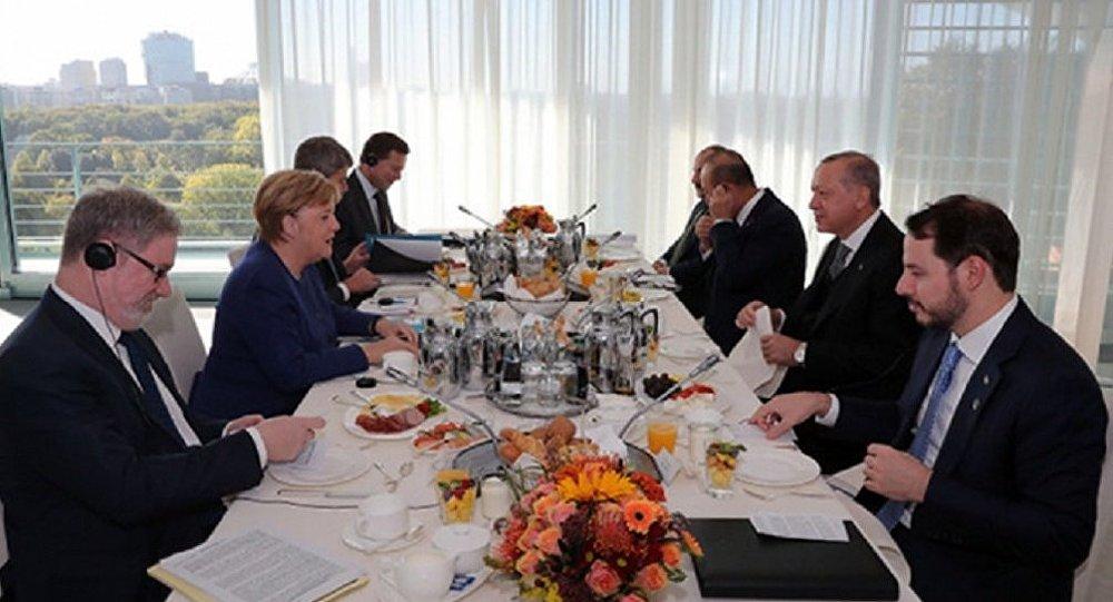 Erdoğan - Merkel -Kahvaltı