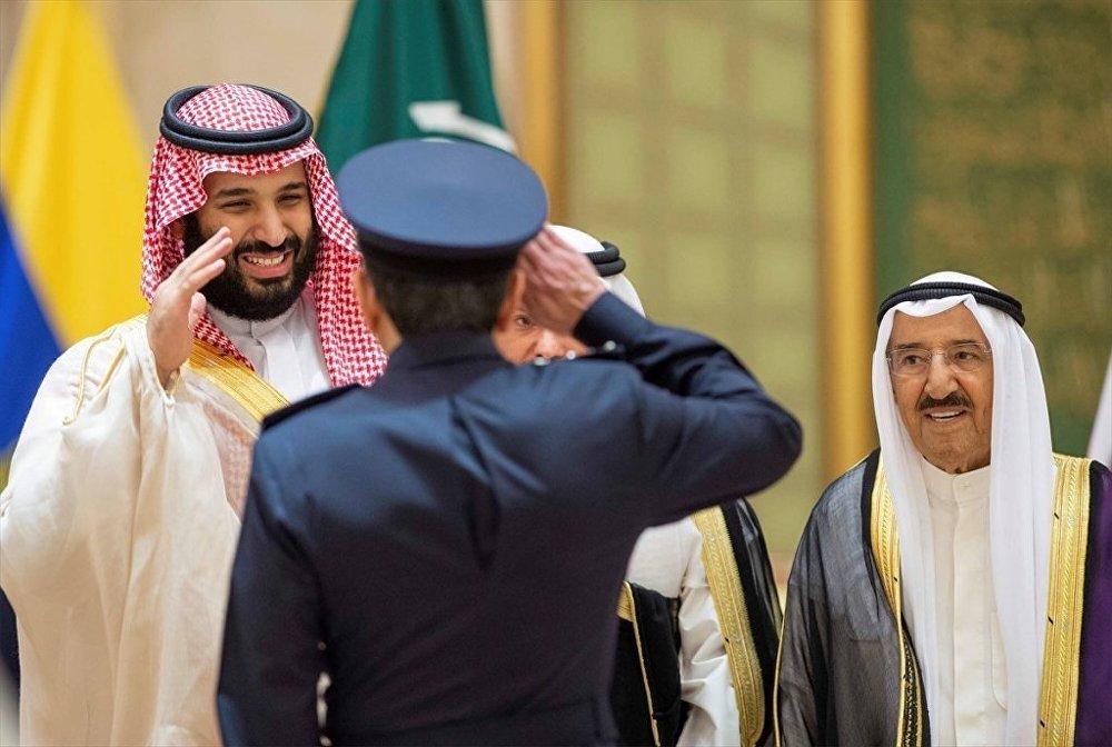 Suudi Arabistan Veliahtı Prens Muhammed bin Selman ile Kuveyt Emiri Şeyh Sabah el-Ahmed el-Cabir es-Sabah