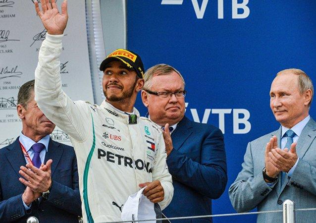 Lewis Hamilton- Vladimir Putin