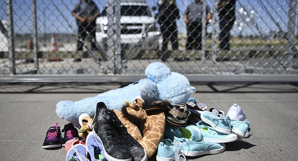 Trump, yüzlerce göçmen çocuğu çölde ölüme terk etti