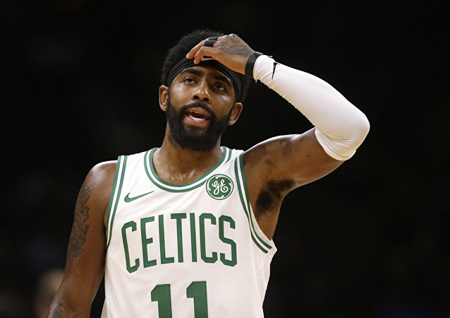 Boston Celtics'in guardı Kyire Irving