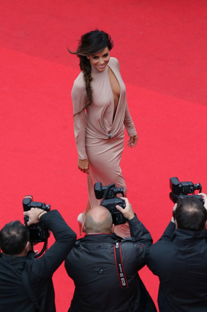 Kısa boylu ünlü kadınlar