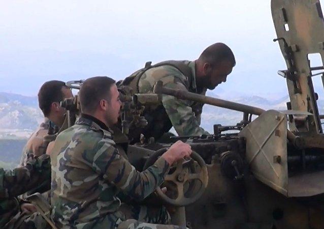 Suriye ordusu Lazkiye'de terör yanlılarını köşeye sıkıştırıyor