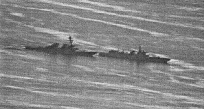 Çin savaş gemisinin ABD savaş gemisine önleme yapmasına ait görüntüler yayınlandı