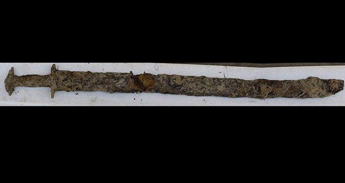 Viking döneminden öncesine ait kılıç