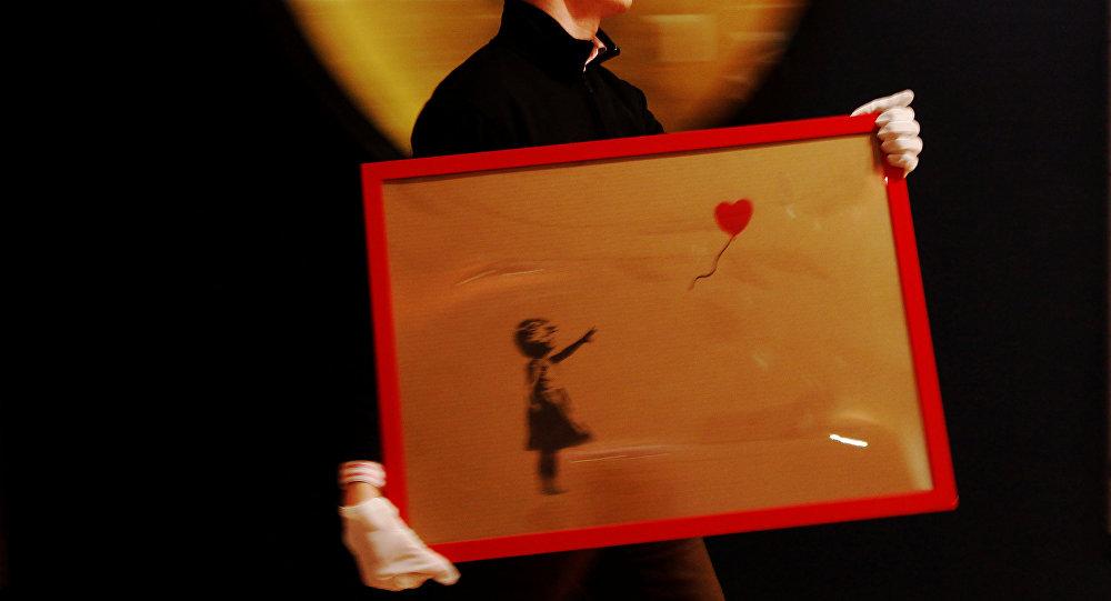 Banksy'nin 'Kırmızı Balonlu Kız' adlı eseri