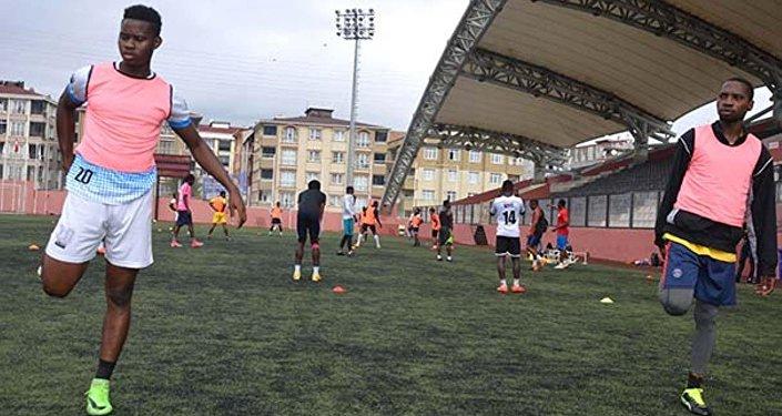 Türkiye'nin ilk Afrikalı amatör futbol takımı yolda