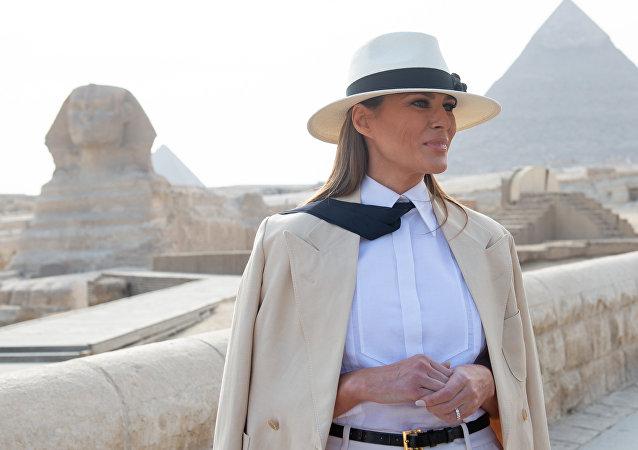 Melania Trump'ın Afrika Turu