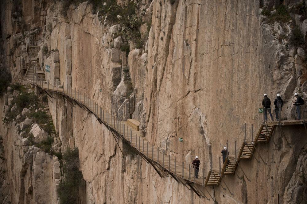 Dünyanın en tehlikeli yürüyüş yolları
