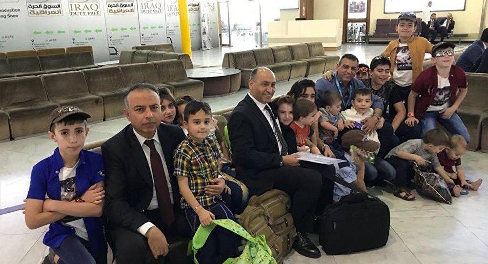 Aileleri IŞİD'e katılan Türk çocuklar Ankara'ya getirildi
