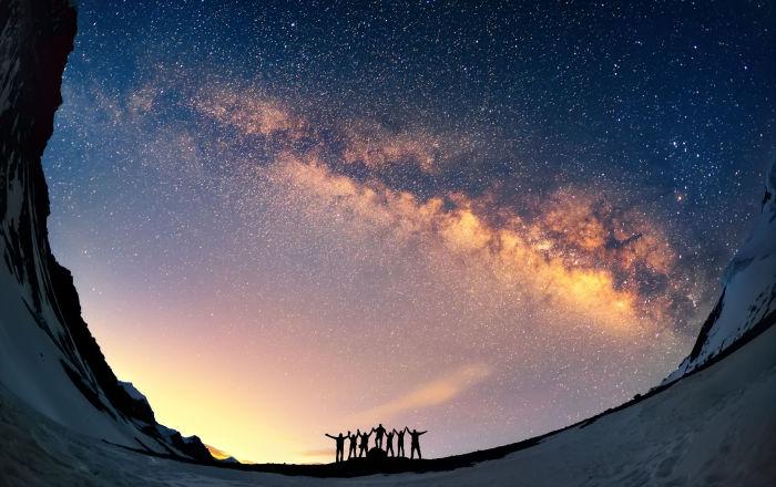 Evren sandığımızdan 2 milyar yıl daha genç olabilir