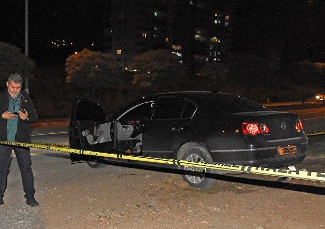 Yahşihan Belediye Başkanı Ahmet Sungur'un oğlu, silahla yaralandı.