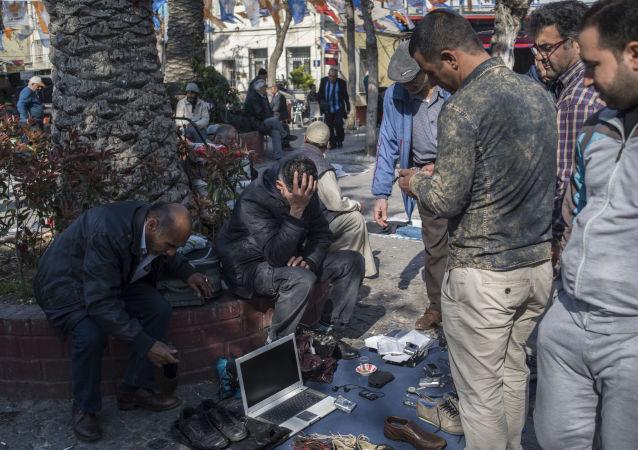 İzmir'de Suriyeli göçmenler