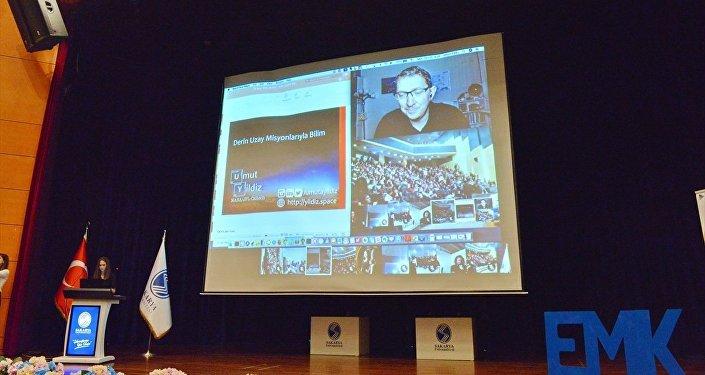 Amerikan Havacılık ve Uzay Ajansı'nda (NASA) görev yapan Türk bilim insanı Dr. Umut Yıldız
