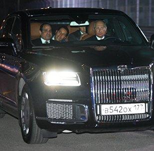 Putin ile Sisi, Rus üretimi Aurus marka yeni otomobilde