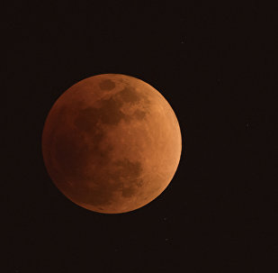 Çin, uzaya 'yapay Ay' gönderiyor: Güneş ışığını dünyaya yansıtacak