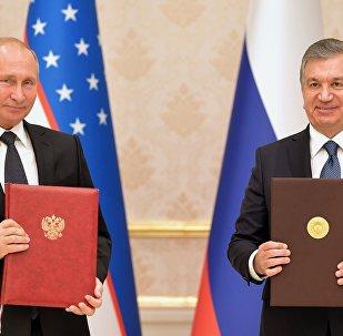 Rusya Devlet Başkanı Vladimir Putin-Şevket Mirziyoyev