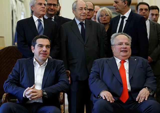Çipras ile istifa eden Kocyas, Yunan Dışişleri'ndeki devir teslim töreninde