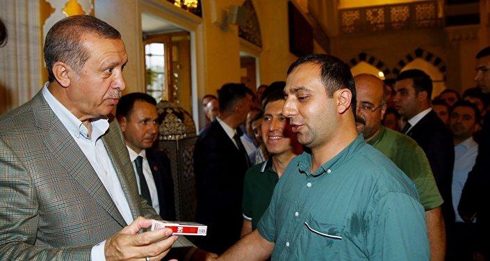 Recep Tayyip Erdoğan - sigara
