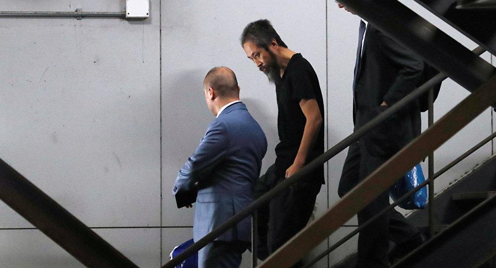 Suriyeden getirilen Japon gazeteci ülkesine döndü