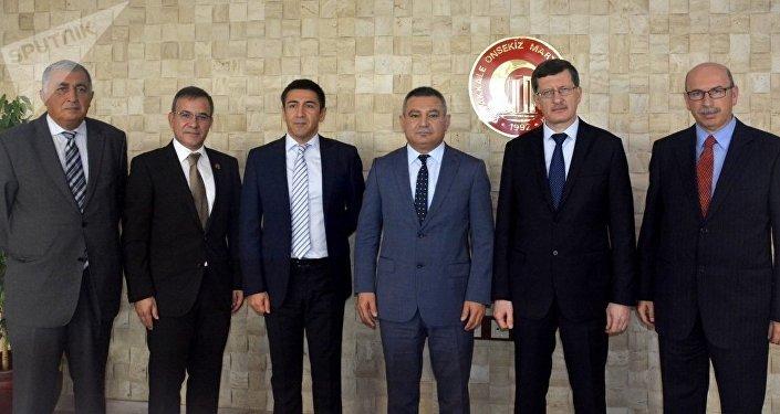 Rusya ve Çanakkale Onsekiz Mart Üniversitesi heyetileri.