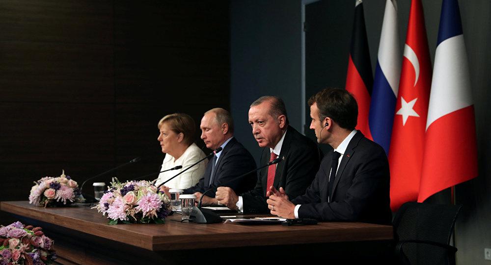Putin, Erdoğan, Merkel ve Macron'dan ortak basın toplantısı