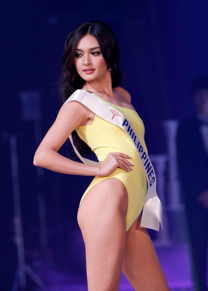 Tokyo'da gerçekleştirilen Miss International Yarışması