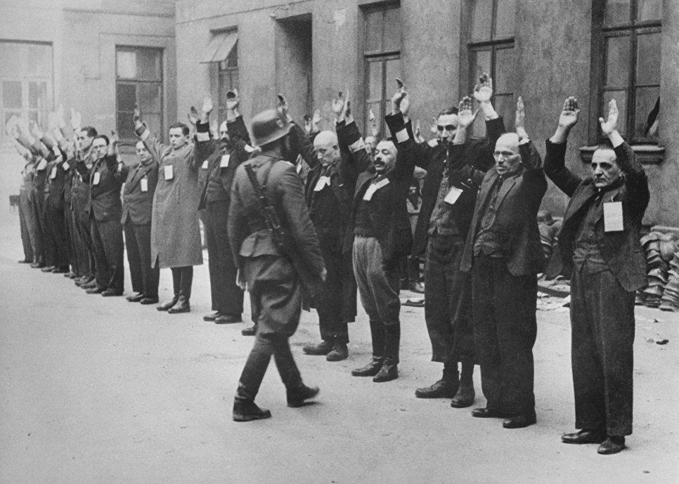 Varşova gettosundaki Yahudiler, Nisan 1943