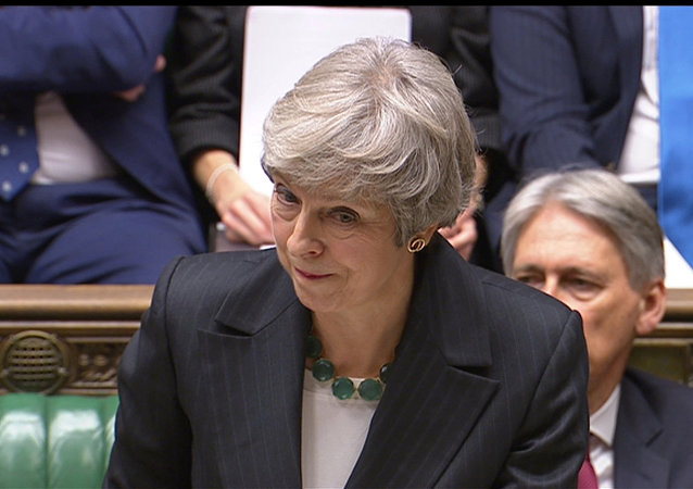 Theresa May, Avam Kamarası'nda Brexit anlaşmasıyla ilgili soruları yanıtladı.